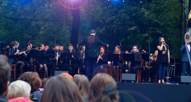 Koncert flisacki W Rytmie Wisły - Piknik Rodzinny Pożegnanie Lata