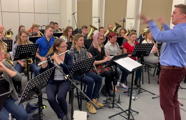 Orkiestra podczas próby (grudzień 2018 r.)