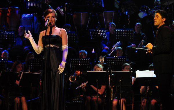 Koncert w Teatrze Roma - śpiewa Urszula Piwnicka (20 maja 2013 r.)