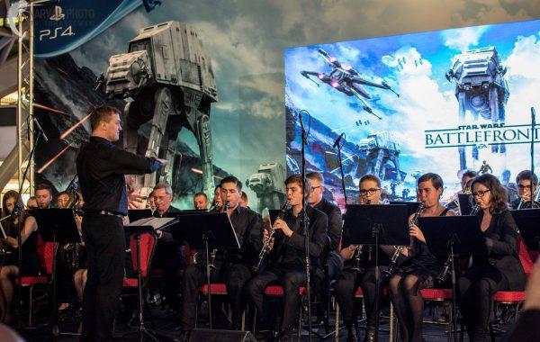 Koncert podczas premiery gry komputerowej Star Wars: Battlefront – CH Złote Tarasy (19 listopada 2015 r.)