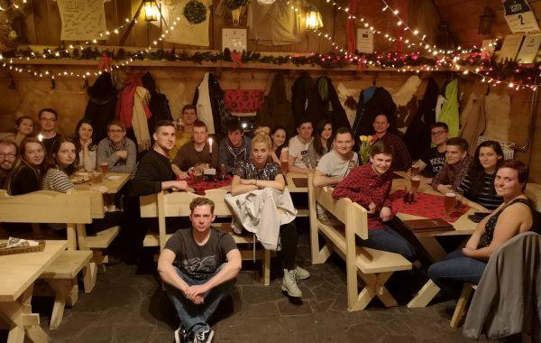 Wspólna kolacja w karczmie – wyjazd zimowy, Zakopane 2020 (luty 2020 r.)