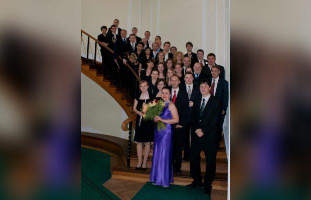 Wspólne zdjęcie po koncercie z okazji Dni SGGW 2011 w Auli Kryształowej